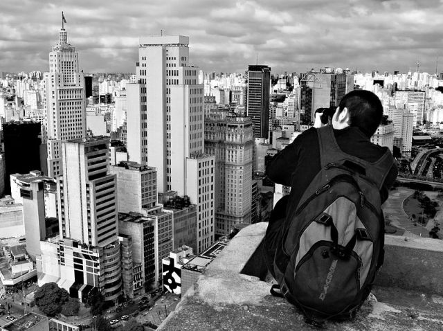 Fotografando_São_Paulo-Wikipédia