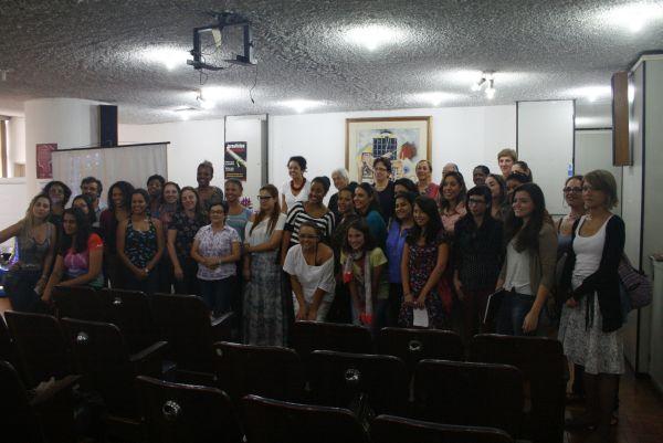 Ao final do evento, as participantes posaram para uma foto. Foto: Emílio Coutinho.