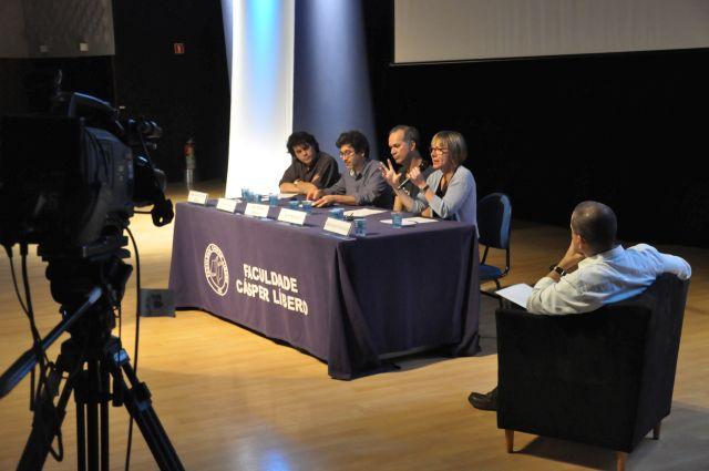 O jornalismo cultural foi o tema debatido em uma das palestras da 22ª Semana do Jornalismo da Faculdade Cásper Líbero. Foto: Giulia Granchi