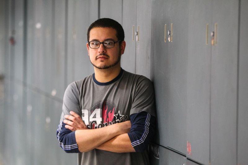 Apresentar ao público leitor uma notícia verídica e bem apurada é um dos papeis fundamentais do jornalista na sociedade, segundo Juliano Moreira. Foto: Vinicius Pereira