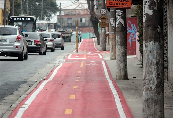 Ciclovia da Rua Cardon, Vila Progresso (Vander Ramos/CLN)