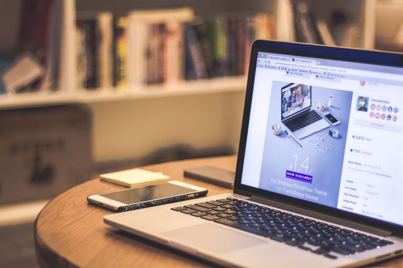 O Networking é fundamental em qualquer profissão, sobretudo no jornalismo. (Foto: Pixabay)