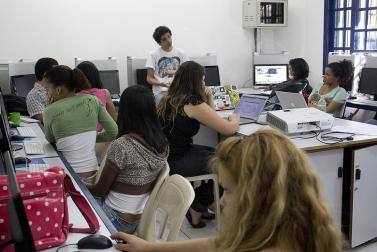 Projeto leva aulas de jornalismo à periferia de São Paulo. / Foto: Divulgação.