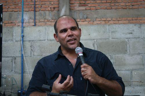 Joel Silva durante palestra no Sesc Pompéia. Foto: Emílio Coutinho