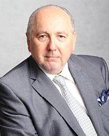BARRY WOLFE, advogado internacional, especialista em fraudes bancárias e crimes corporativos.