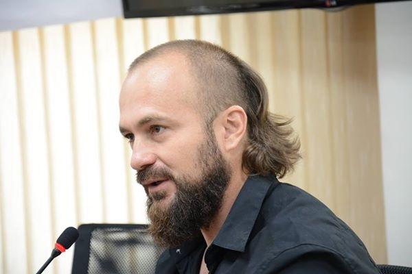 André Liohn é um premiado fotojornalista de guerra brasileiro.  Foto: Letícia Ferreira