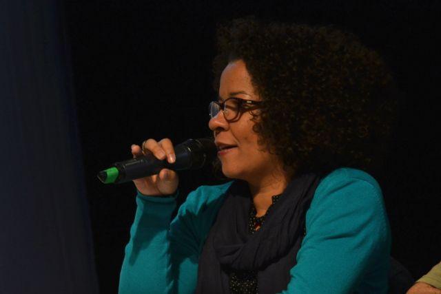 A jornalista e integrante do Coletivo InterVozes, Ana Cláudia Mielke participou do debate. Foto: Giulianna Muneratto