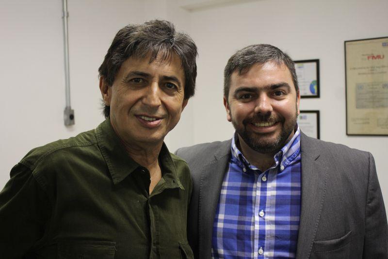 Gérson de Souza ao lado do autor de sua biografia, o jornalista André Guimarães. Foto: Emílio Coutinho