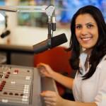 Fazer a diferença na vida de alguém me motiva a ser jornalista, diz Sheila Magalhães